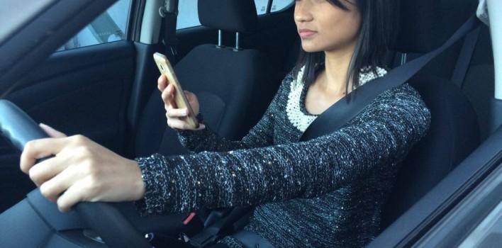 Nunca use o celular se estiver dirigindo