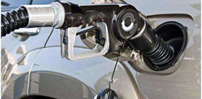 Preço da gasolina sobe pela sexta vez em 2021