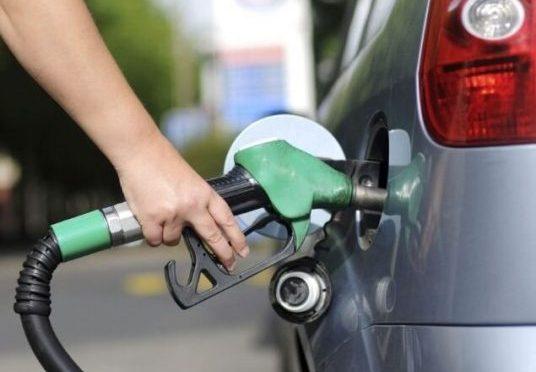 Economia de combustível: 10 dicas simples pra aderir