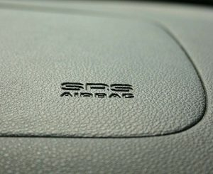 Ao comprar um veículo você sabe escolher o mais seguro? Então veja dicas!