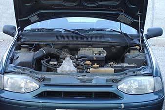Diferentes causas do consumo excessivo e perda de óleo do motor