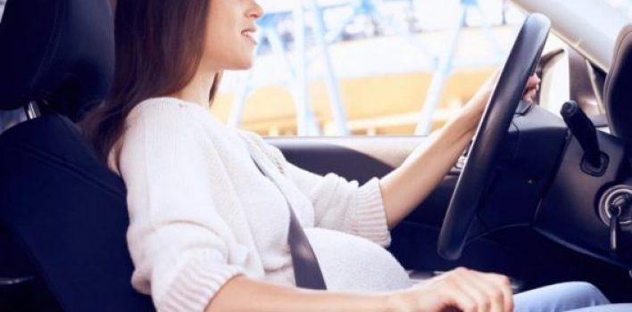 Mulheres grávidas podem dirigir? Veja a resposta!