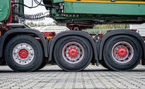 Novas regras para transporte rodoviário de carga dificultam perda da habilitação por caminhoneiros