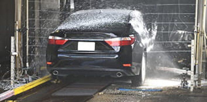 Por que a pulverização pode ocasionar danos à suspensão do veículo