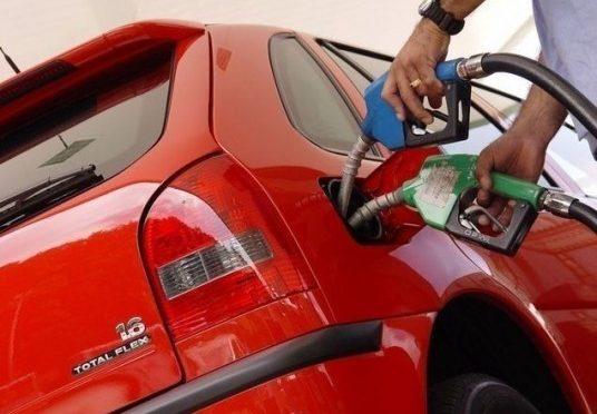 Preço do etanol subiu 2x mais que o da gasolina