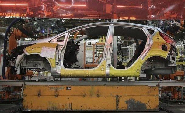 Produção de veículos cai 10% em janeiro, diz Anfavea