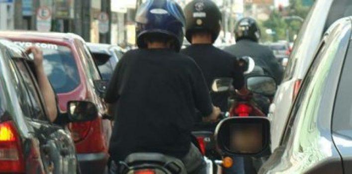 Regulamentação do uso do corredor por motociclistas: veja o que pode mudar!