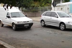 Saiba como ser ressarcido por danos no veículo após cair em buraco