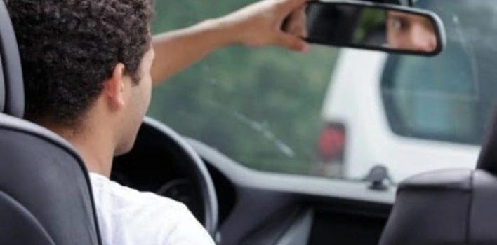 Conheça os vícios ao volante que podem prejudicar componentes do veículo