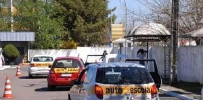 Autoescolas poderão ter isenção de IPI na aquisição de veículos novos