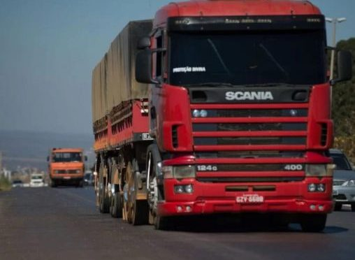 Nova lei cria documento eletrônico de transporte de cargas